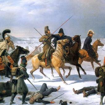 Żuli surowe końskie mięso i skórę własnych butów. Nierzadko z głodu zjadali się nawzajem. Los napoleońskich oddziałów wracających spod Moskwy był nie do pozazdroszczenia.