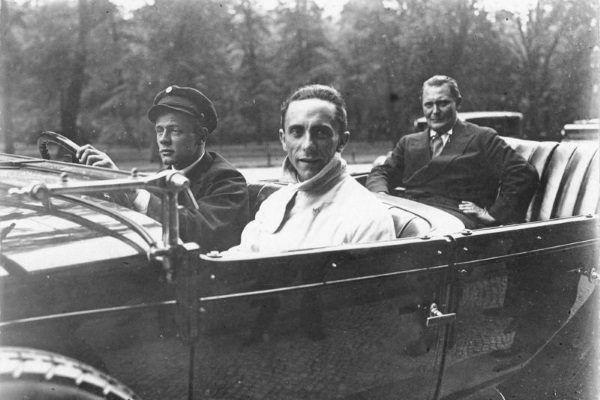 Goebbels spotykał się z dziewczyną żydowskiego pochodzenia o imieniu Else. Zdjęcie z 1930 roku.