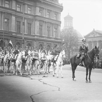 Obchody rocznicy odzyskania niepodległości w Warszawie w 1929 roku.