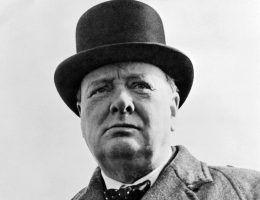 Choć pamiętamy go raczej jako nudnego, starszego pana, w młodości Winston Churchill był prawdziwym awanturnikiem.