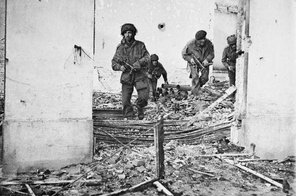 W racjach brytyjskich spadochroniarzy walczących podczas operacji Market Garden nie mogło zabraknąć tabletek benzedryny.