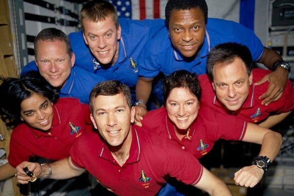 Załoga amerykańskiego wahadłowca Columbia w czasie pobytu na orbicie. Nikt z nich nie przypuszczał, że nie wróci cało z misji.