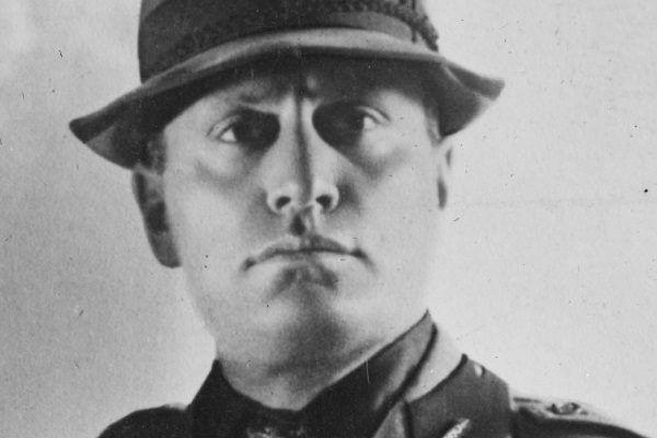 W swoim przemówieniu Mussolini między innymi zapowiedział rozprawę z antyfaszystowską opozycją.