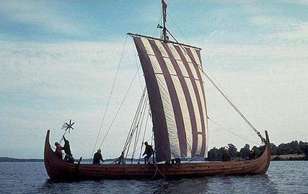 Widok wikińskiej łodzi miał budzić wśród Anglików i Francuzów popłoch. Wiele wskazuje jednak na to, że sąsiedzi przeważnie cieszyli się z wizyt. Zapowiadały bowiem handel.
