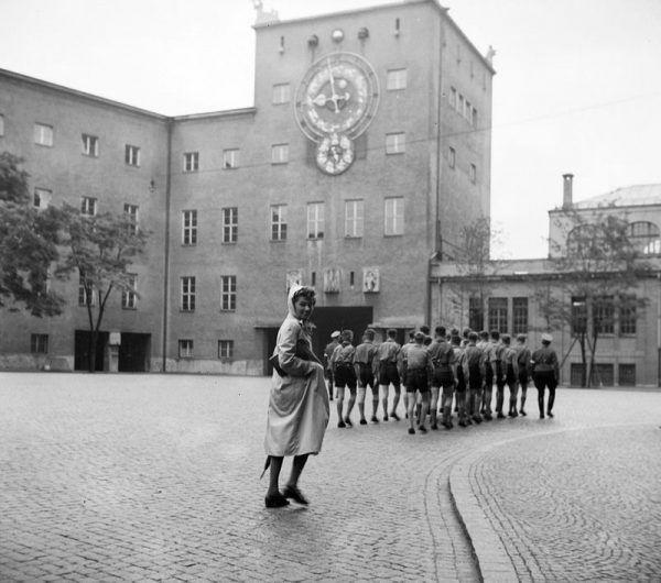 Zyskawszy nową tożsamość, Edith wyjechała do Monachium. Zdjęcie poglądowe.