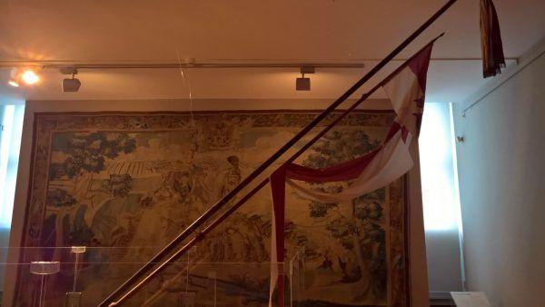 Husarskie kopie mogły mieć nawet ponad sześć metrów. Na zdjęciu oryginalne husarskie kopie ze zbiorów Muzeum Narodowego w Krakowie. Te mają niemal pięć metrów.