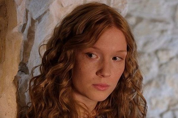 """Marta Bryła jako Aldona Anna w serialu """"Korona królów""""."""