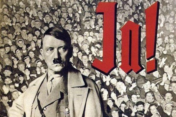 Jak określić możliwość przeprowadzenia wywiadu z przyszłym ludobójcą? Czy był to dla polskiego dziennikarza powód do dumy, czy przeciwnie - przeżycie, które na zawsze okryło go hańbą? Na ilustracji fragment niemieckiego plakatu propagandowego.