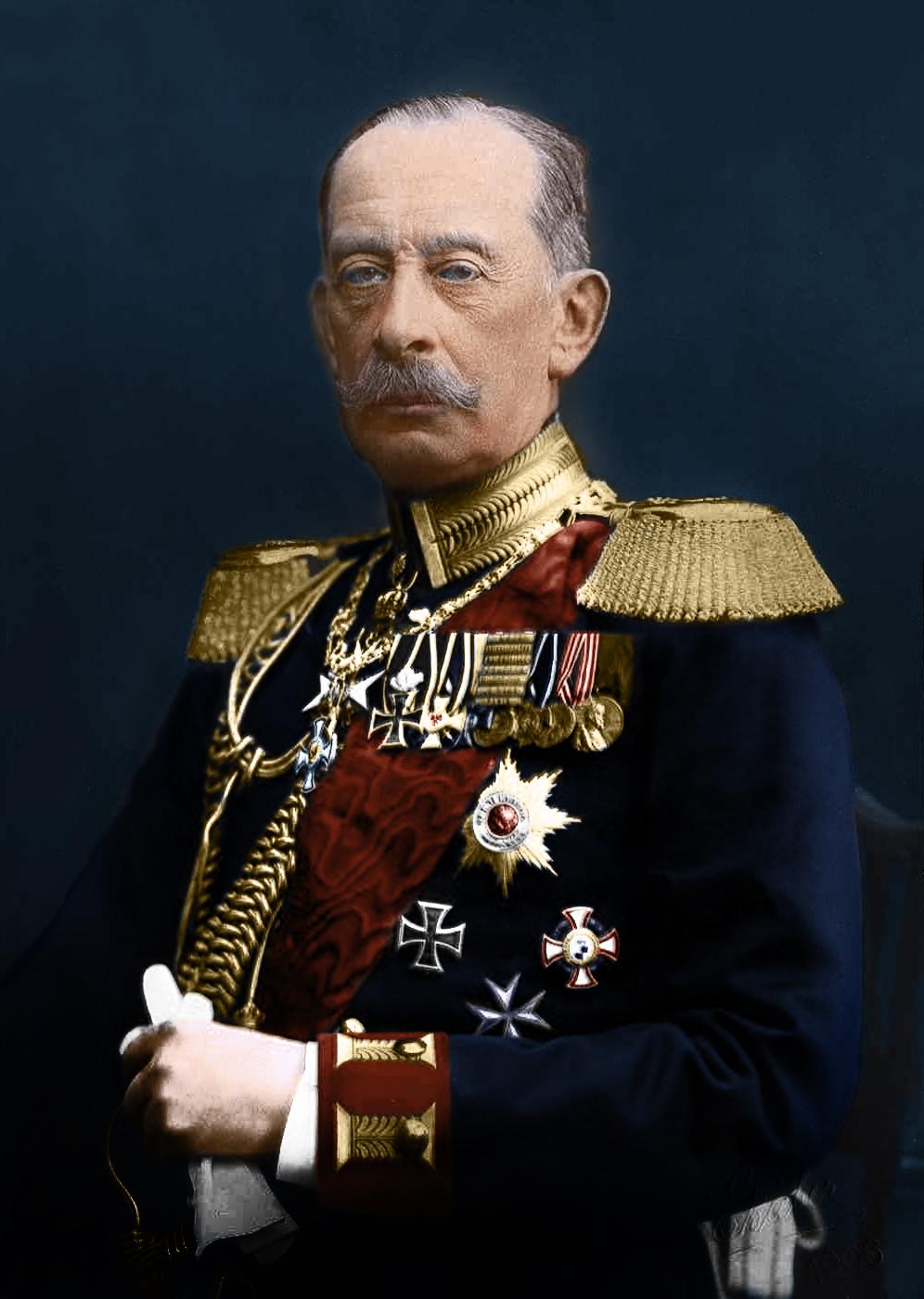 Jako nastolatek wkorpusie kadetów Manstein miał okazję podziwiać między innymi feldmarszałka Alfreda von Schlieffena.