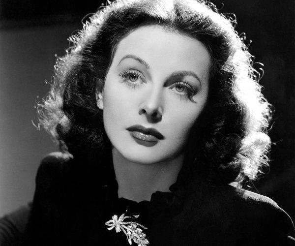 """Ze względu na niezwykłą urodę Hedy została okrzyknięta """"najpiękniejszą kobietą świata"""". Była jednak nie tylko śliczna, ale i ponadprzeciętnie inteligentna."""