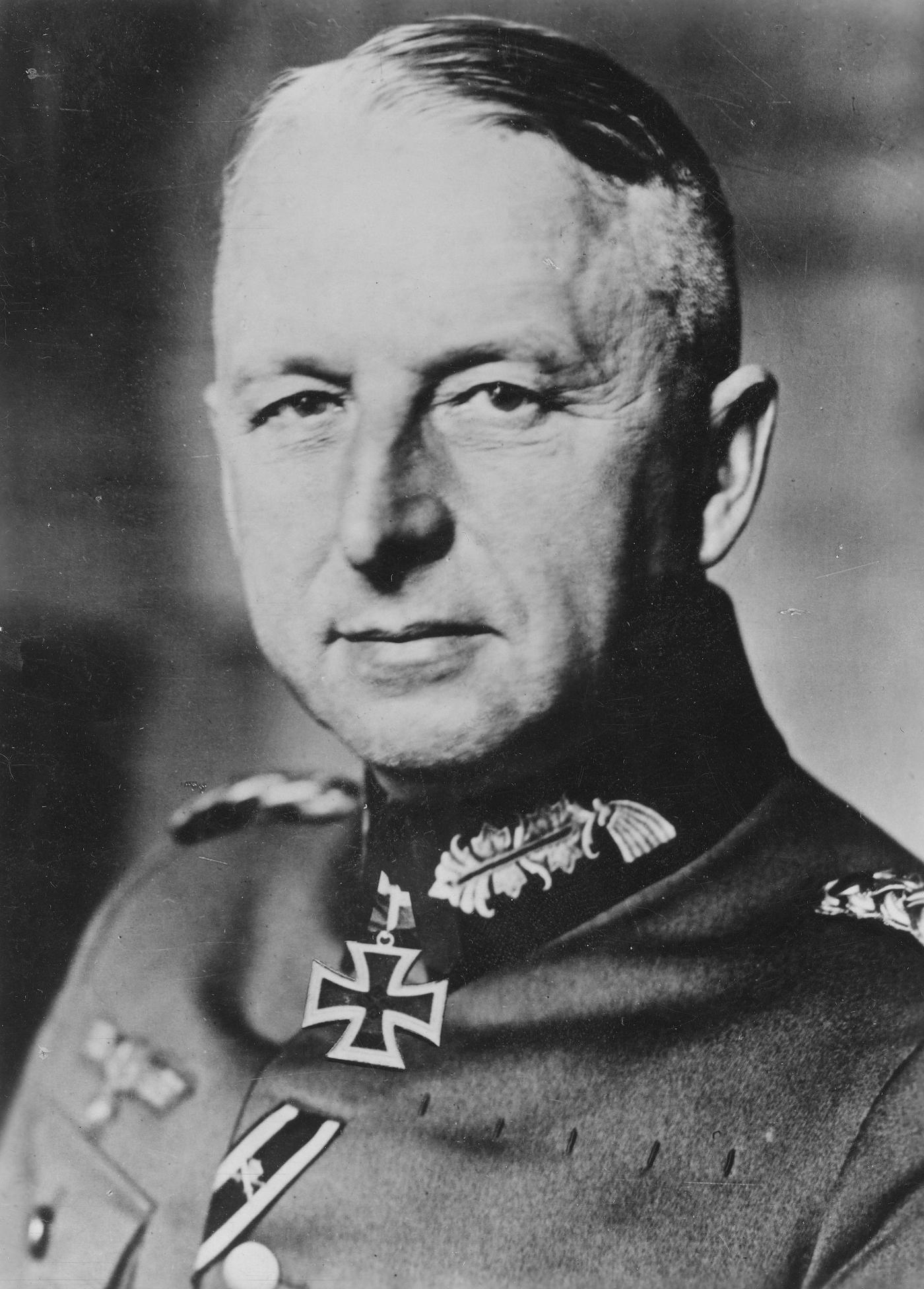 Feldmarszałek Erich von Manstein wskazywał na kluczowy błąd w polskich założeniach obronnych poczynionych przed niemiecką inwazją w 1939 roku.