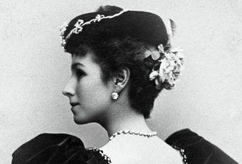 Matylda Krzesińska słusznie była nazywana jedną z najpiękniejszych kobiet XIX wieku. Swoją urodę wykorzystała, by zrobić oszałamiającą karierę. Zapłaciła za to jednak szczęściem osobistym.