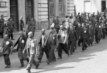 W pierwszej kolejności do ośrodków pracy przymusowej wysyłano Żydów.