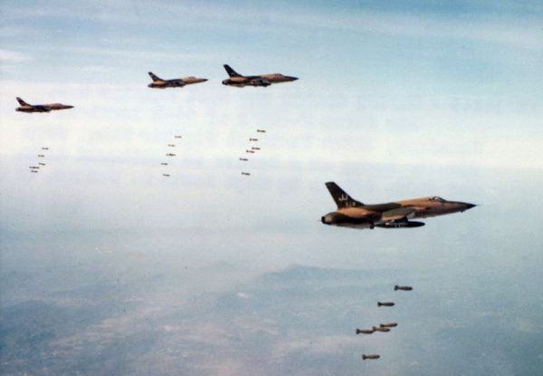 Na Wietnam zrzucono około 1,6 miliona ton bomb.