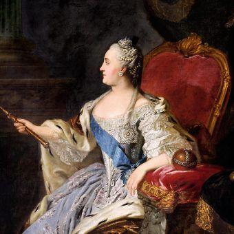 Iwona Kienzler w fascynujący sposób opowiada o romansie carycy Katarzyny ze Stanisławem Augustem Poniatowskim.