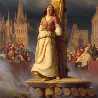 Karą za herezję była śmierć na stosie (zginęła tak m.in. Joanna d'Arc widoczna na obrazie). W nowożytnej Europie nie było większej herezji niż paranie się czarną magią...