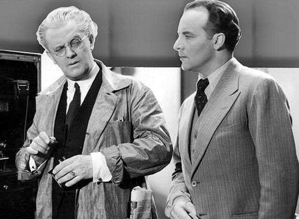 """Igo Sym (z prawej) wystąpił u boku Ordonki w filmie """"Szpieg w masce"""" (kadr powyżej)."""