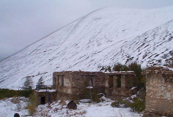 Zimą na Kołymie temperatury spadały nieraz nawet do minus sześćdziesięciu stopni Celsjusza.