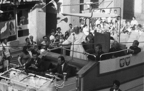W 1978 roku nie było wiadomo, jak pontyfikat Jana Pawła II wpłynie na sytuację Kościoła w Polsce. Zdjęcie z pielgrzymki papieża w 1979 roku.