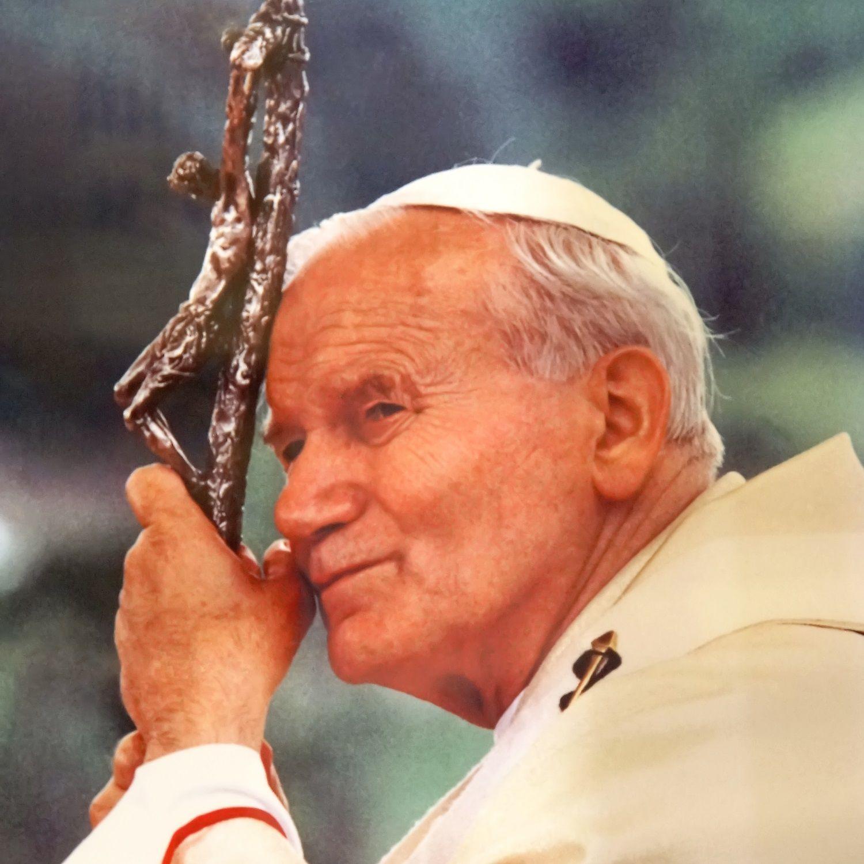 Czy władze PRL widziały w pontyfikacie Jana Pawła II jakieś korzyści dla siebie?