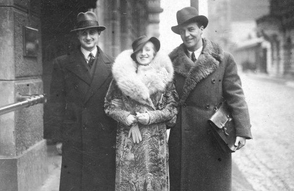 Igo Sym z Hanką Ordonówną i Leonem Boruńskim w Łodzi w 1935 roku.