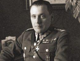 Stanisław Maczek jako pułkownik na zdjęciu z lat 30.
