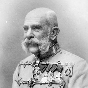 Franciszek Józef doprowadził do utworzenia dualistycznych Austro-Węgier.