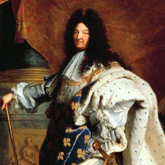 """Ludwik XIV przeszedł do historii jako """"Król Słońce""""."""