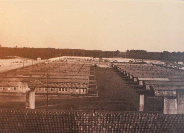 Obóz początkowo przewidziany był na 6 tysięcy więźniarek, ale stopniowo się rozrastał.