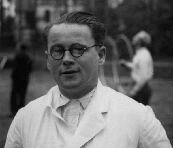 Eksperymentom przewodził doktor Karl Gebhardt.