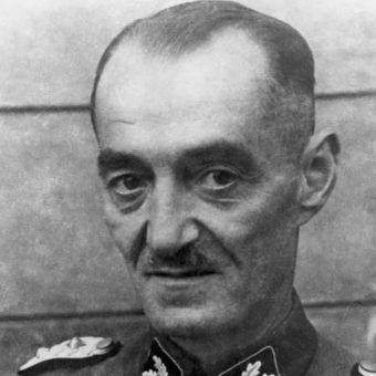 Oskar Dirlewanger i jego oddział kryminalistów brał udział w pacyfikacji Powstania Warszawskiego.