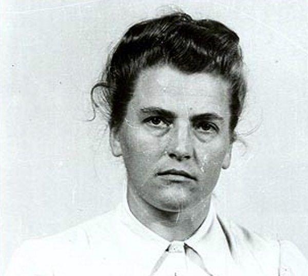 Maria Mandl nazywana była Bestią z Auschwitz.