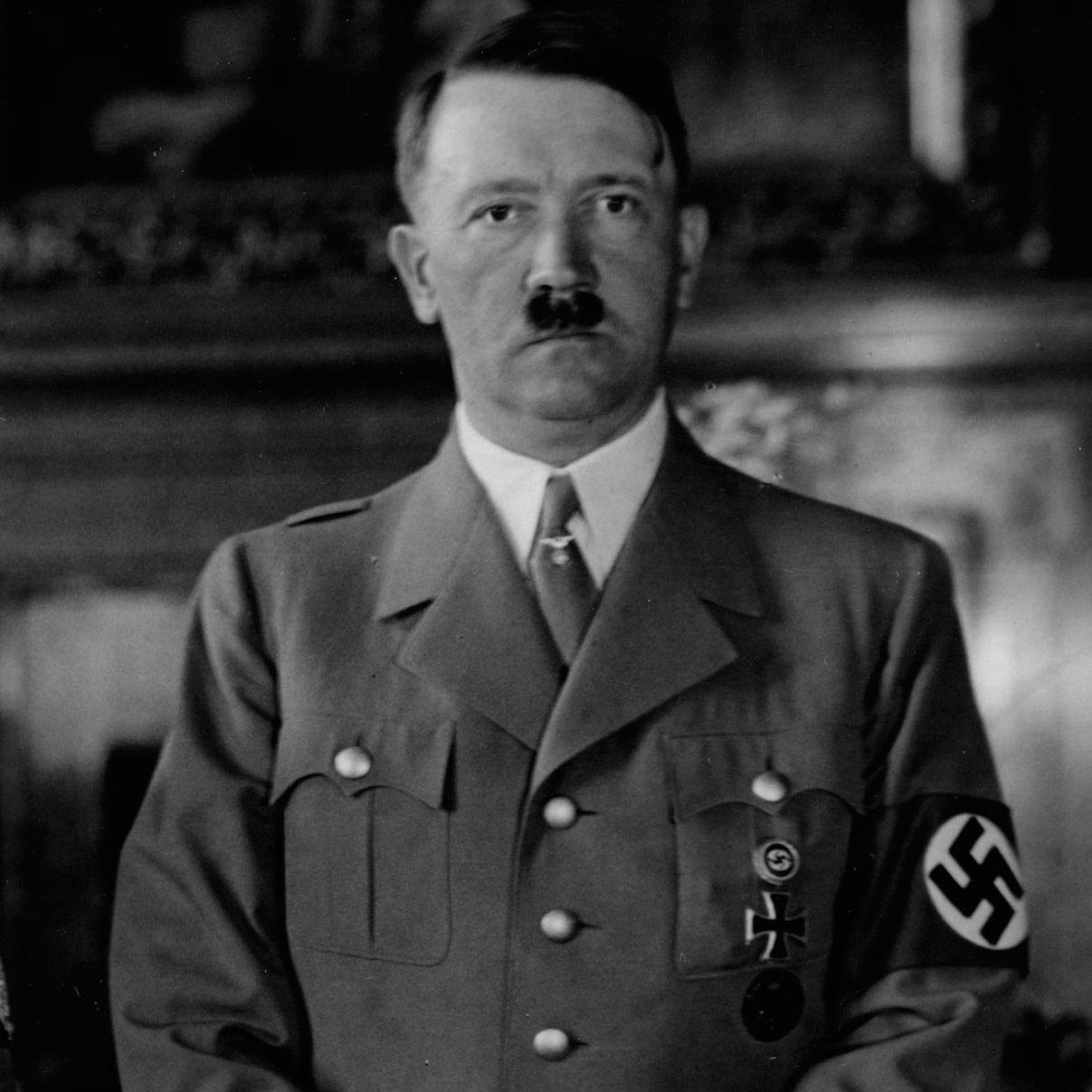Hitler bardzo starał się, by prawda o jego pochodzeniu nie wyszła na światło dzienne. Co usiłował ukryć?