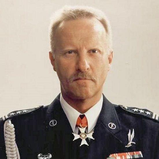 Sławomir Petelicki forsował koncepcję stworzenia jednostki komandosów mimo sprzeciwów w gronie generalicji.