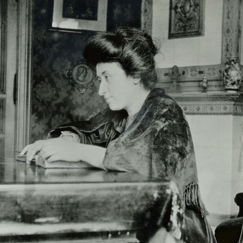 Róża Luksemburg była pierwszą Polką, która zdobyła doktorat z ekonomii.
