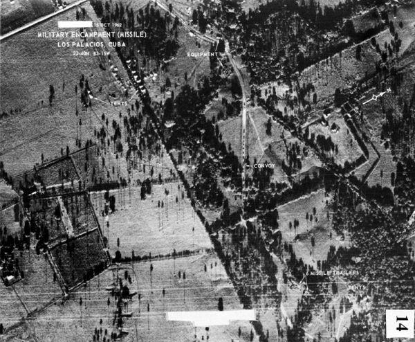 Zdjęcie urządzeń rakietowych na Kubie, wykonane z pokładu U-2 14 października 1962.