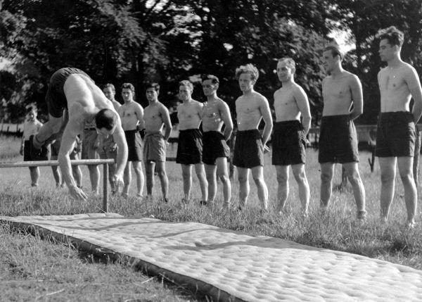 Cichociemni przechodzili intensywny trening sprawnościowy. Zdjęcie poglądowe.