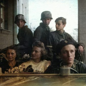 W czasie powstania warszawskiego na zawarcie związku małżeńskiego zdecydowało się aż 256 par.