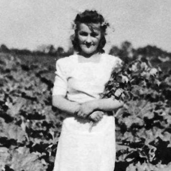 Hanna spędziła powstanie jako sanitariuszka na Mokotowie. Zdjęcie z książki