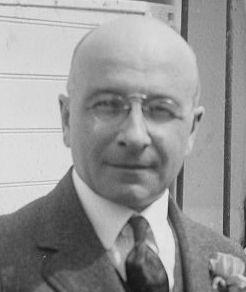 Alexis Carrel laureat nagrody Nobla w dziedzinie fizjologii lub medycyny w 1912 roku.