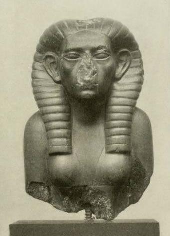 Neferusobek była pierwszą udokumentowaną władczynią starożytnego Egiptu