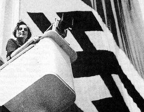 Leni Riefenstahl była reżyserką, scenarzystką i producentką filmową