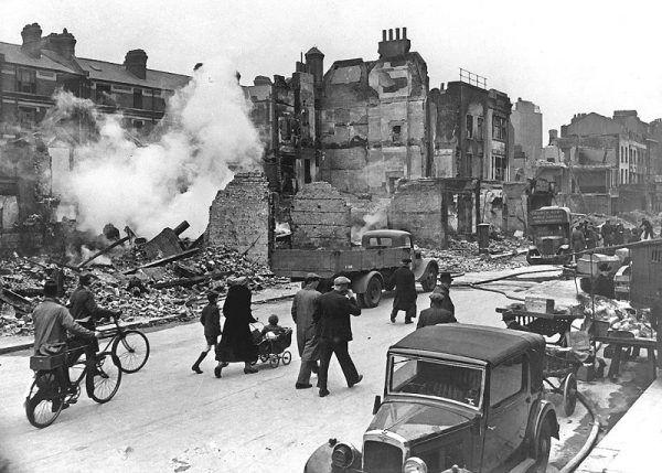 Londyn po bombardowaniu