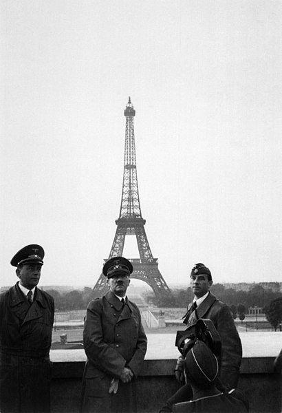 Hitler w Paryżu