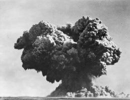 Eksplozja atomowa w trakcie Operacji Hurricane