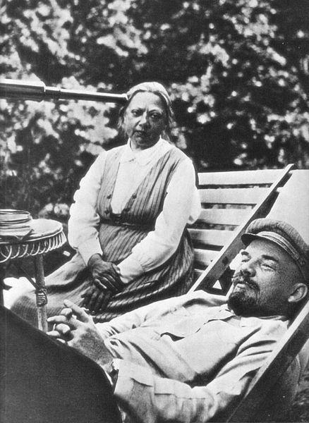 Nadieżda Krupska i Włodzimierz Iljicz Lenin