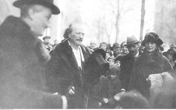 Przyjazd Ignacego Jana Paderewskiego został entuzjastycznie przyjęty przez poznaniaków