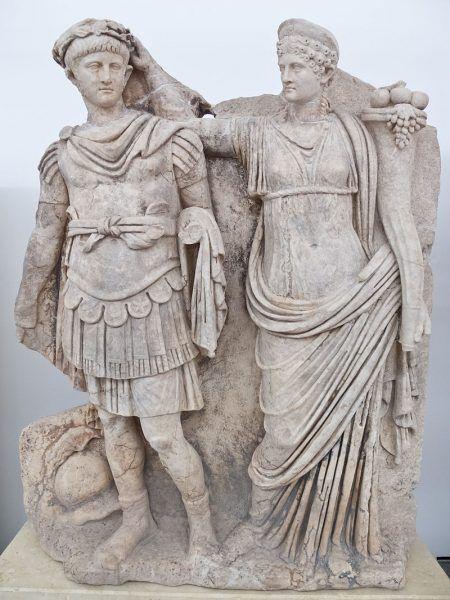 Agrypina Młodsza z sukcesem doprowadziła do osadzenia na tronie jej syna cesarza Nerona