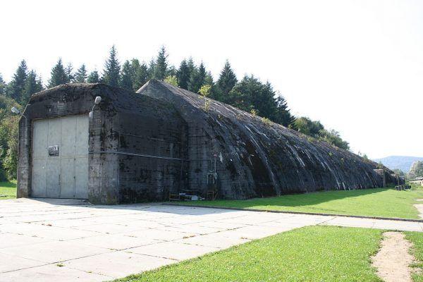 Tunel schronowy w Stępinie Cieszynie do ochrony pociągu sztabowego Hitlera