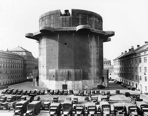 Flakturm Augarten w Wiedniu 1944 rok
